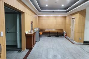 1층 현관 로비와 1,2,3층 화장실 인테리어 공사